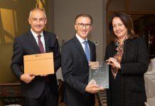 """Il sommelier italiano Paolo Basso """"laureato"""" al Glion Insitute of Higher Education"""