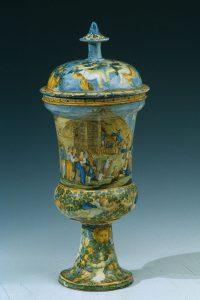 Le maioliche istoriate di Castelli d'Abruzzo; ricercati oggetti d'arte e di collezionismo