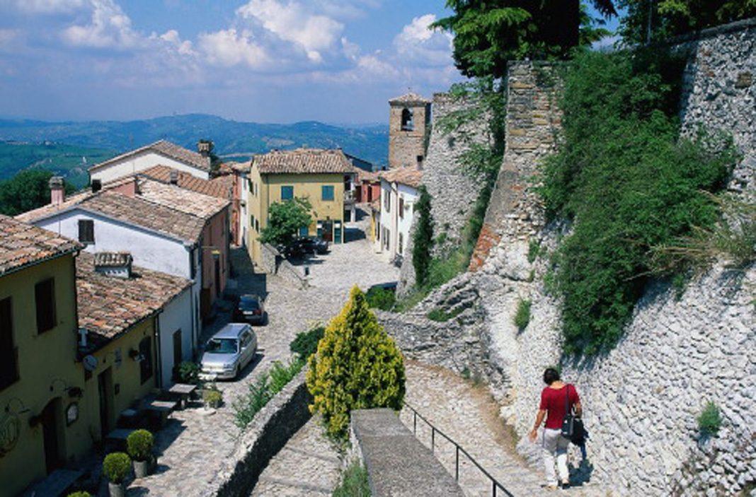 Il castello di Montebello e la leggenda di