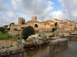 Tuscania, antico borgo del viterbese, l'altra città dei sette colli