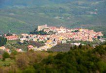 Moliterno, piccolo borgo lucano con sei musei