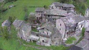 """Sostila, un piccolo borgo """"fantasma"""" che non ha mai visto un'auto"""