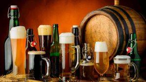 Agli italiani piace la birra artigianale, è boom di produzione e consumi