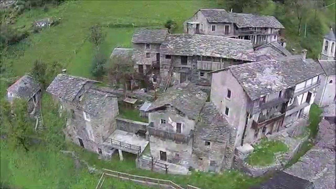 Sostila, un piccolo borgo fantasma