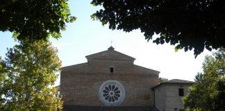 """Città, paesi e borghi d'Italia: Fiastra, il """"comune sparso"""" nei Sibillini"""