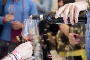 Domani ultimo giorno a Capestrano per Naturale, il salone del vino artigianale