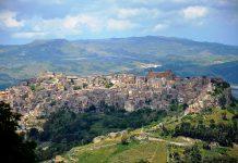 Città, paesi e borghi: Calascibetta, la città delle chiese