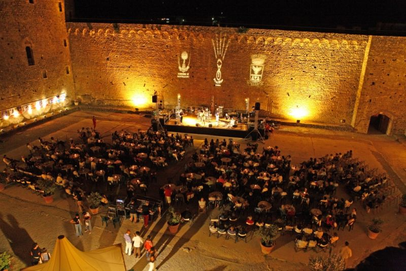 Jazz-and-Wine-in-Montalcino