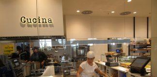 Due Torri: a San Petronio l'aperitivo è con la pasta delle sfogline