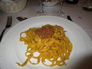 Tagliatelle al ragù bolognese