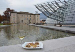 In tredici locali di Trento si brinda con Happy Trentodoc