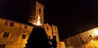 Fiaccole ad Abbadia San Salvatore (SI)