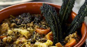Prodotti tipici locali:  il cavolo nero riccio di Toscana
