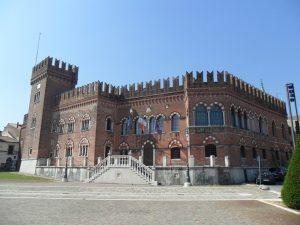 L'Immacolata porta a Cologna Veneta la Festa del mandorlato