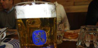 Löwengrube porta a Bologna i sapori della Baviera