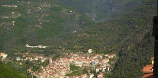 Città, paesi e borghi: Pigna, il paese delle mimose