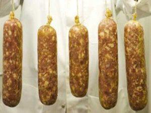 Prodotti tipici locali: la Pestadice di Fagagna, raro insaccato friulano