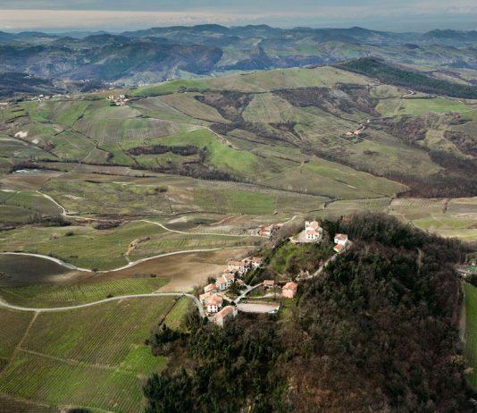 Città, paesi e borghi: Canevino, borgo medioevale dell'Oltrepò Pavese