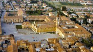 Lambrusco a Palazzo, i re del lambrusco si ritrovano in abbazia