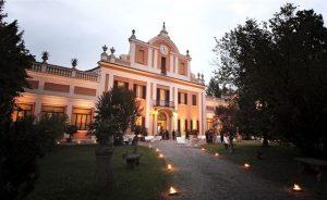 La deliziosa cornice di Villa Zarri