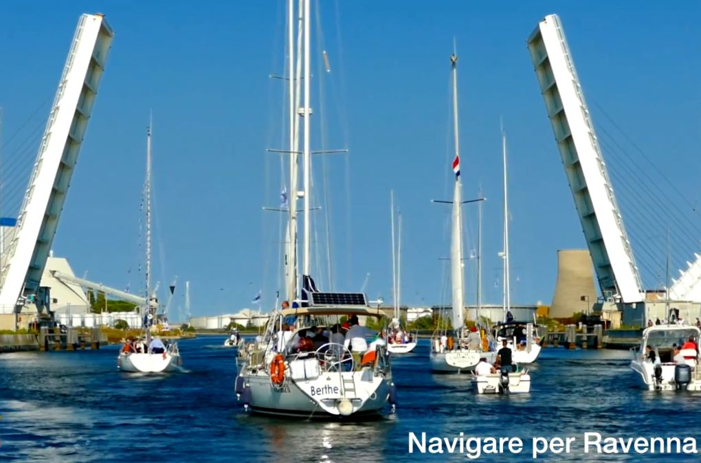 Navigare per Ravenna.