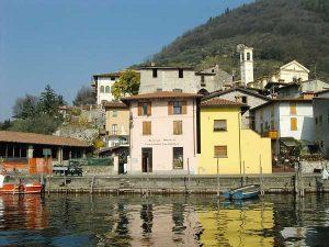Monteisola-Peschiera_Maraglio_(wikimedia.org)
