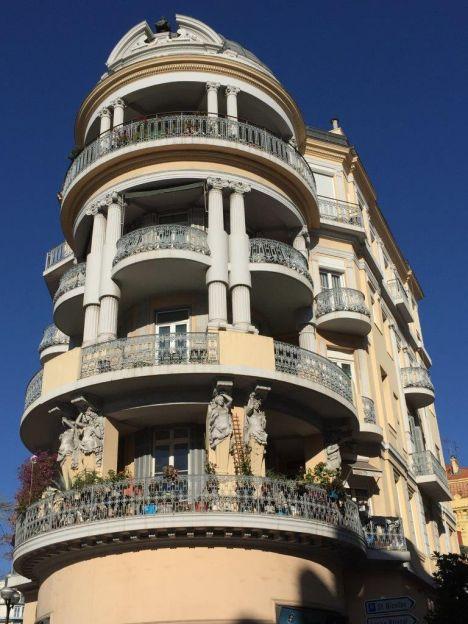 F Cannes, palazzi liberty in città