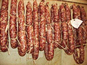 Salsiccia-Pasqualora-(parcodeinebrodi.blogspot.com)