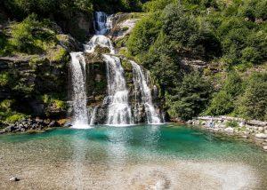 High quality-Cascata della Piumogna-Copyright Ticino Turismo - Foto Loreta Daulte