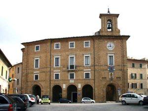Palazzo-Municipale(www.qrcity.it)