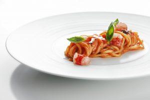 Spaghetto al pomodoro tiepido e gambero rosso di Mazara