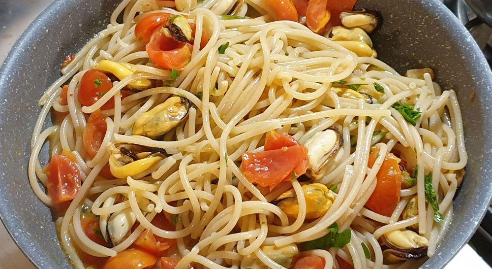 spaghetti alle cozze selvatiche