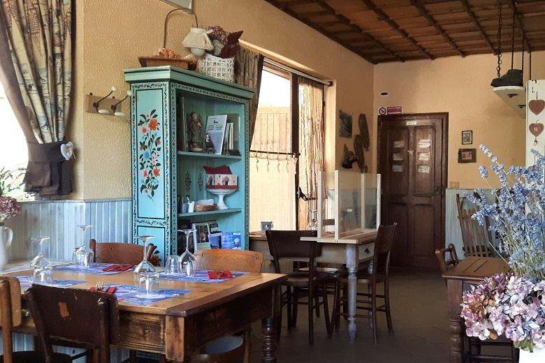 La Table Dlouz Amis. Ph. credits Andrea Di Bella