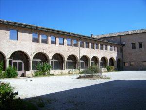 Camerino Chiostro San Domenico